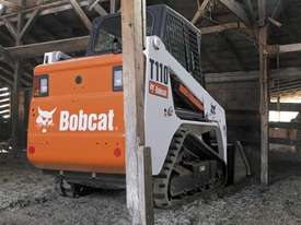 T110 Compact Track Loader - picture1' - Click to enlarge