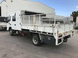 2009 Mitsubishi Fuso Canter Dual Cab Tipper - picture6' - Click to enlarge