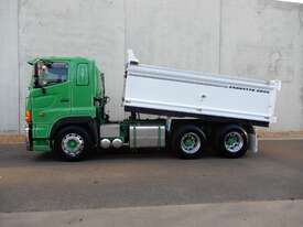 Hino SS - 700 Series Tray Truck - picture1' - Click to enlarge