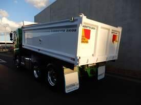 Hino SS - 700 Series Tray Truck - picture2' - Click to enlarge