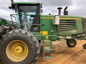 John Deere D450 Windrowers Hay/Forage Equip - picture0' - Click to enlarge