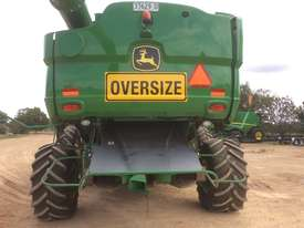 John Deere S680 Header(Combine) Harvester/Header - picture3' - Click to enlarge