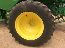 John Deere S680 Header(Combine) Harvester/Header - picture5' - Click to enlarge