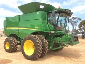 John Deere S680 Header(Combine) Harvester/Header - picture6' - Click to enlarge