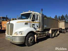 2011 Kenworth T403 - picture2' - Click to enlarge
