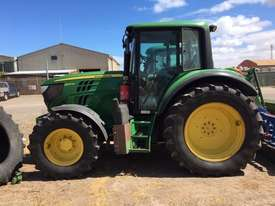 John Deere 6105M FWA/4WD Tractor - picture0' - Click to enlarge