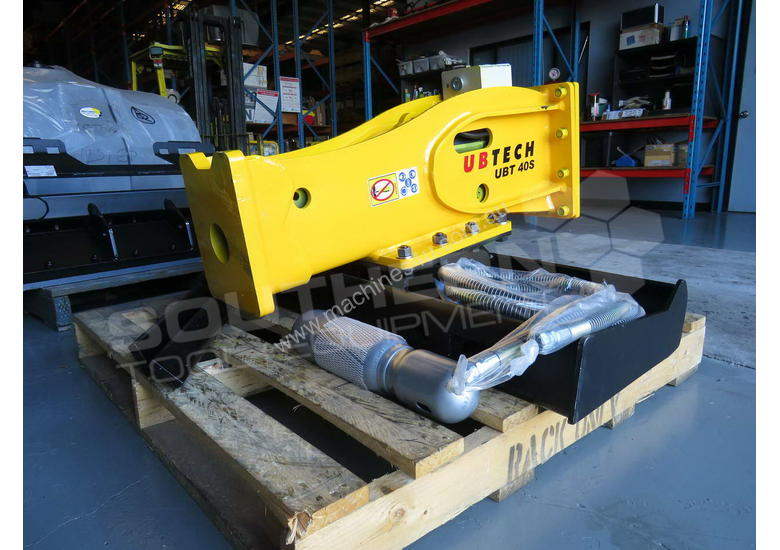 UBT40S Post Driving Hydraulic Hammer Silenced type Suit Skid Steer loader  ATTUBT