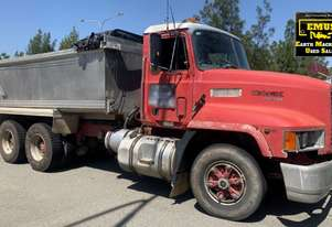 1993 Mack Fleetliner Tipper, only 148k km's. E.M.U.S. TS550