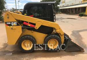 CATERPILLAR 226D Skid Steer Loaders