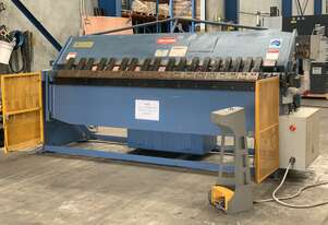 Just In Steelmaster Industrial 2500mm x 4mm Full Hydraulic Panbrake Folder Volt