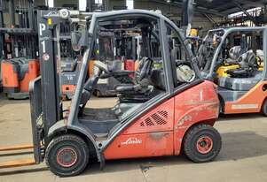 2010 Model Linde Container Entry Forklift for sale-2.5 ton 4.5m lift solid tyres side shift $9999+