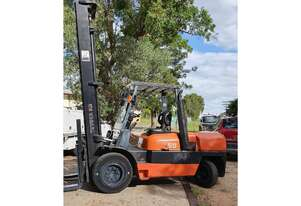Toyota 6FD50, 5Ton (5.5m LIFT) WideVision Diesel Forklift