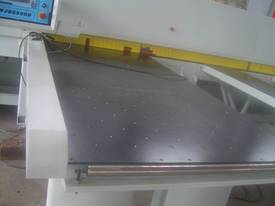 RJ3600B BEAM SAW - picture8' - Click to enlarge