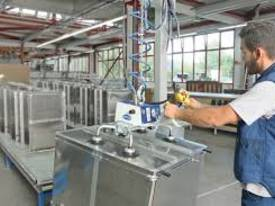 VacuMaster Light compressed air power to 100kgload - picture11' - Click to enlarge