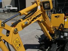 New Yuchai YC08-8 1 ton Mini Excavator - picture12' - Click to enlarge