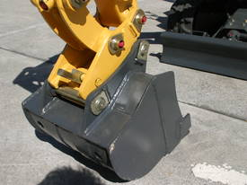 New Yuchai YC08-8 1 ton Mini Excavator - picture9' - Click to enlarge