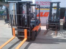 TOYOTA 7FBE13 /15 /18/20 - picture2' - Click to enlarge