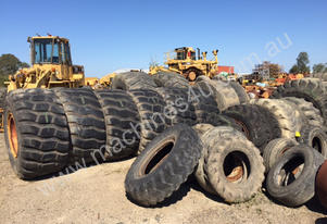 Solid 816 Compactor Earthmoving Tyres