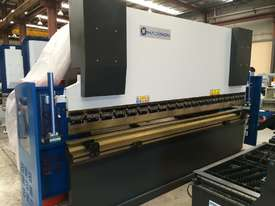 Madison 125 ton x 4m NC Press Brake - picture0' - Click to enlarge