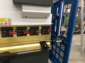 Madison 125 ton x 4m NC Press Brake - picture5' - Click to enlarge