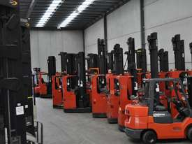 2007 BT-TOYOTA OSE120CB ORDER PICKER  - picture11' - Click to enlarge