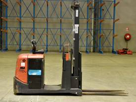 2007 BT-TOYOTA OSE120CB ORDER PICKER  - picture0' - Click to enlarge
