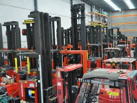 2007 BT-TOYOTA OSE120CB ORDER PICKER  - picture7' - Click to enlarge