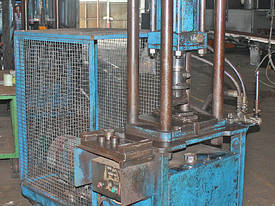 Hydraulic Press Mobile 3 Phase - picture3' - Click to enlarge