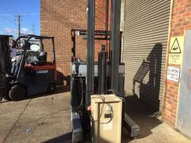Nissan JH01 Reach Forklift Forklift - picture1' - Click to enlarge