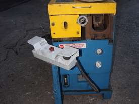 TWR DESIGN ES2S/C Press Tube End Forming Finisher - picture0' - Click to enlarge