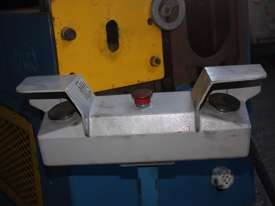 TWR DESIGN ES2S/C Press Tube End Forming Finisher - picture2' - Click to enlarge