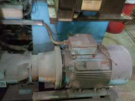 Swarf Briquetting Press - picture4' - Click to enlarge