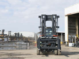 HIRE SPECIAL MLA Vulcan 16-18 Tonne  Forklift  - picture1' - Click to enlarge