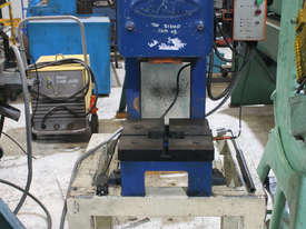 JAM 5 Tonne Press - picture0' - Click to enlarge