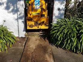 2018 Predator 50RX Remote Controlled Stump Grinder - picture13' - Click to enlarge