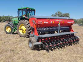 2020 IRTEM FDD 3000 DOUBLE DISC SEED DRILL (3.0M) - picture0' - Click to enlarge
