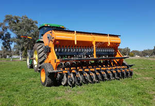2018 IRTEM DD 300 DOUBLE DISC SEED DRILL (3.0M)