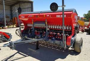 2018 IRTEM FDD 3000 DOUBLE DISC SEED DRILL (3.0M)