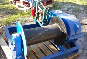 WINCH ELECTRIC WITH BRAKE