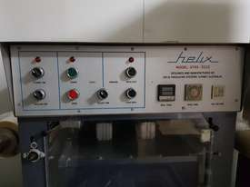 Helix Tray Sealer - picture2' - Click to enlarge