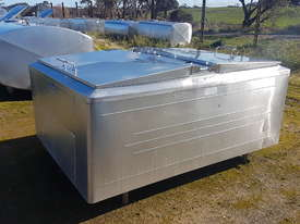 STAINLESS STEEL TANK, MILK VAT 1650 LT - picture1' - Click to enlarge