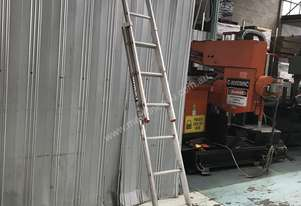 Bailey Aluminum Extension Ladder 2.43 to 3.95 Meter Industrial Quality