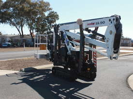PB1890 - 18m Crawler Mounted Spider Lift - picture2' - Click to enlarge