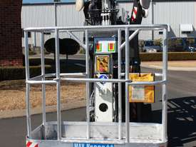PB1890 - 18m Crawler Mounted Spider Lift - picture7' - Click to enlarge