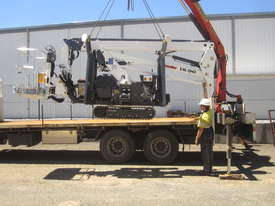 PB1890 - 18m Crawler Mounted Spider Lift - picture14' - Click to enlarge