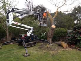 PB1890 - 18m Crawler Mounted Spider Lift - picture17' - Click to enlarge