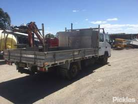 2007 Mitsubishi Canter FE85 - picture6' - Click to enlarge