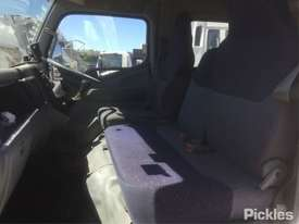 2007 Mitsubishi Canter FE85 - picture9' - Click to enlarge