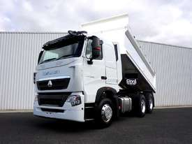New 2019 Diamond Reo T7 6x4 Automatic Hardox Tipper - picture0' - Click to enlarge