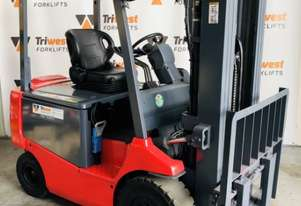 2.5T 4 Wheel Electric Forklift - Refurbished